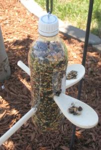 linnumaja-plastikpudel