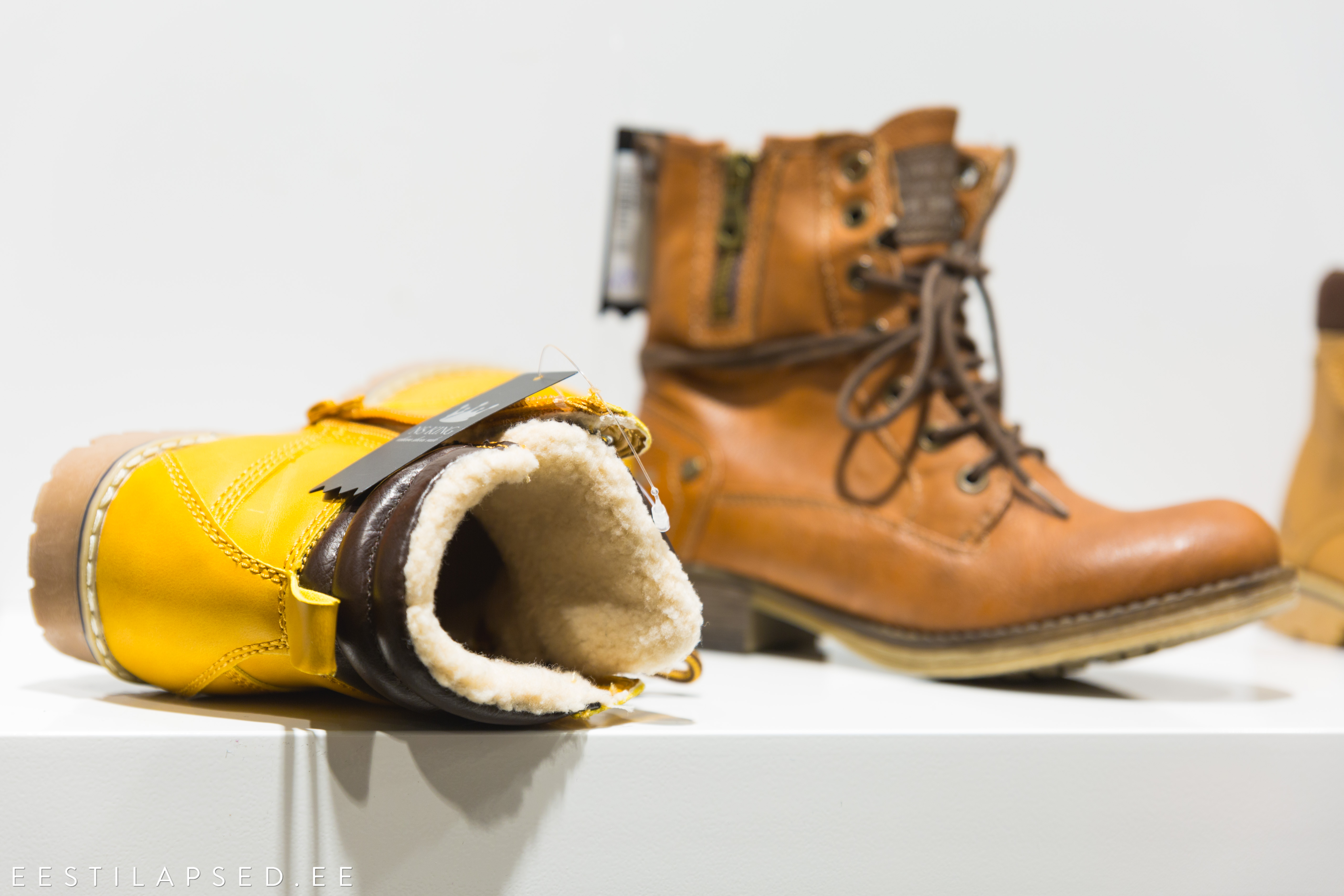 bdbd356bbbc Lisaks on hea valida lapsele tugevama kannaga jalanõusid, sest need hoiavad  jalga õiges asendis, ei põruta kanda ning on libedamal teel mugavamad.